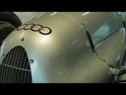 Auto Union typ C/D V16 ieripo Motormuzejā