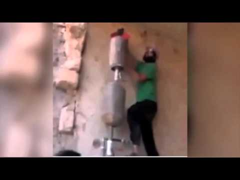 Боевики ИГИЛ пытаются сбивать российские истребители бомбами из презервативов