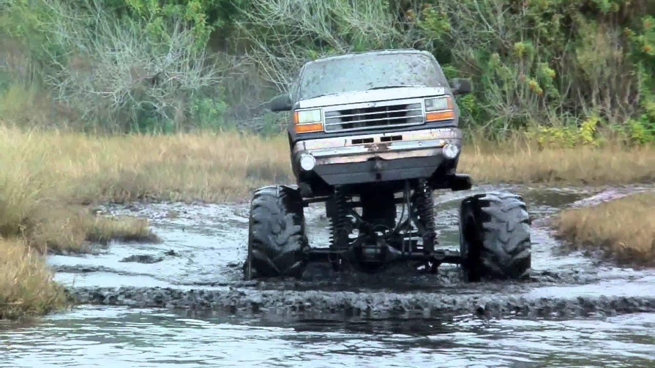 Pictures - Hog Waller Mud Bog 2016-2017 Season
