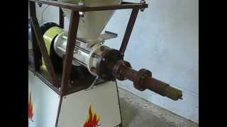 Repeat youtube video шнекова преса за еко брикети 50 кг/ч