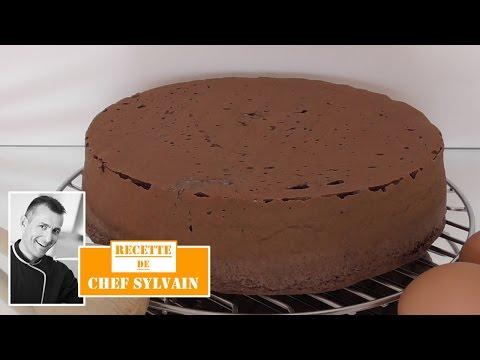 Génoise au chocolat - Recette facile par Chef Sylvain