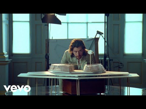 Mix - Arctic Monkeys - Four Out Of Five (Official Video)