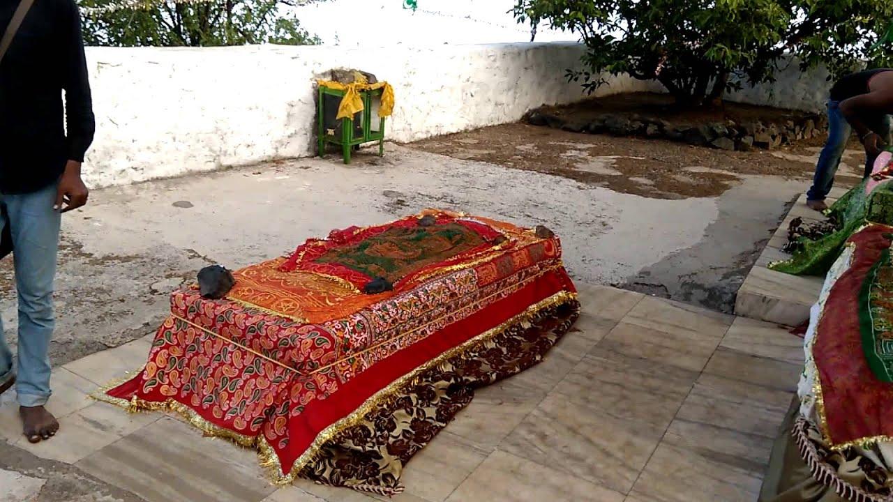 Dadi Ma Haji Malang By Sameer Khan