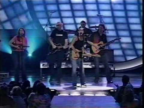 Terri Clark - Girls Lie Too (LIVE)