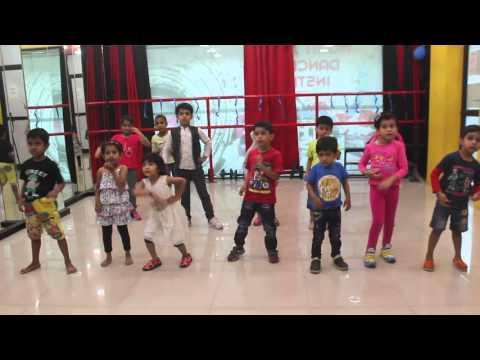Aaj Ki Party(Bajrangi Bhaijaan)-Toddlers Dance Choreography by Mohit Jain's Dance Institute | (Kids)