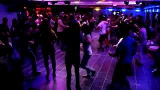 VILLAGE LATINO Salsa y Rumba & Show  25.05.15