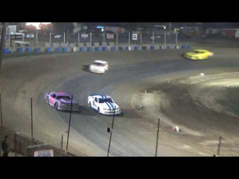Street Stock Heat Race #2 at Crystal Motor Speedway, Michigan on 09-03-2017!