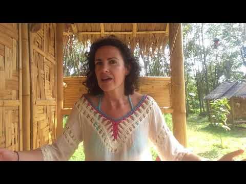 Viajando en español: Dormir como una reina a precio de hostal. (Learn Spanish)