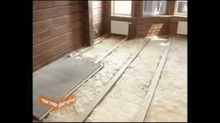 видео Как утеплить пол в деревянном доме: эффективные способы