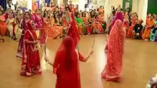 Wonderfull Dandiya Dance...ऐसा डांडिया कभी नहीं देखा होगा..