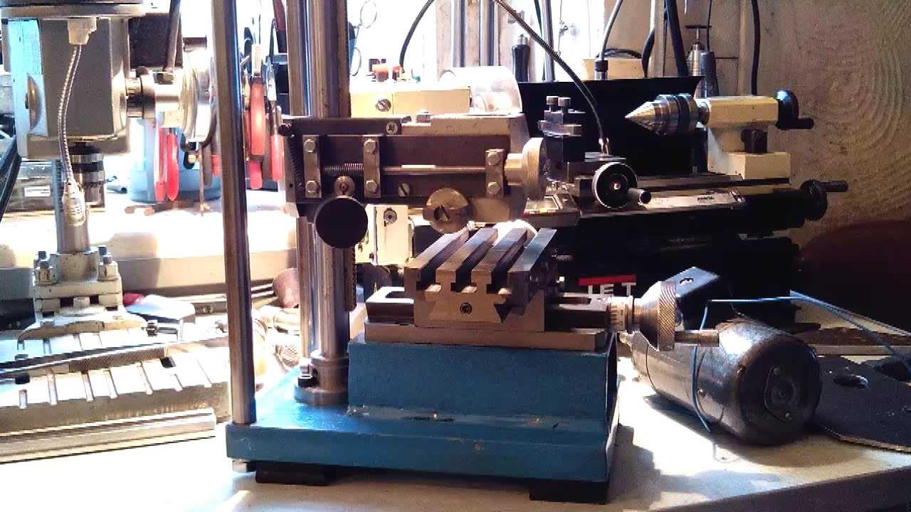 Настольный мини фрезерный станок bf16 vario, идеален для обработки мелких деталей.