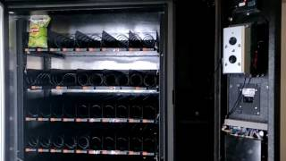 XY-Combo snacks and drinks vending machine