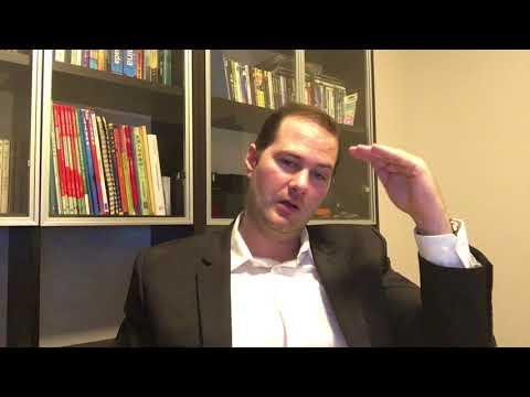 Robert K. UI/UX Designer & Brand Consultant