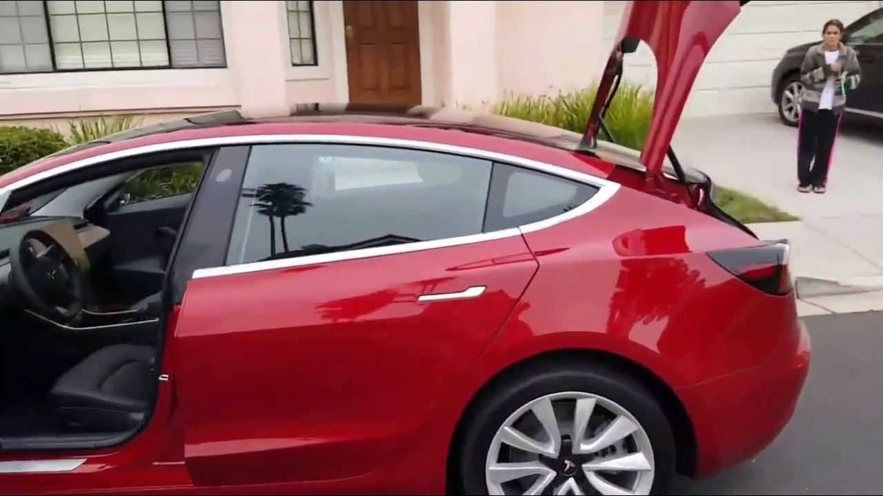 Tesla Model 3 Red 360 degrees walk around, open trunk ...