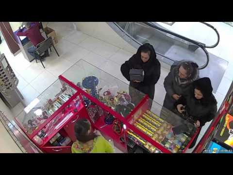 Мошенницы в торговом центре г. Кемерово