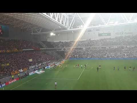 AIK fans firar derby vinst mot Hammarby på Tele2 Arena 20. Mai 2018