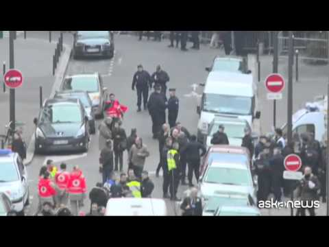 Watch Charlie Hebdo Paris France Shooting Terrorist Cherif Kouachi, 32, And Said Kouachi, 34