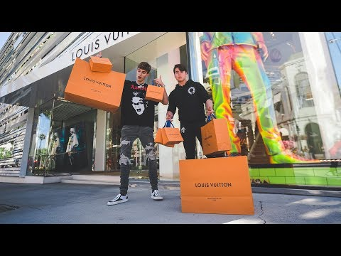 High-Schoolers Spend $7,500 At Louis Vuitton!