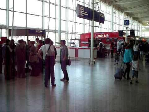 Liverpool John lennon Airport Main Terminal Building