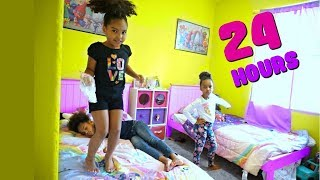 Baixar 24 HOURS OVERNIGHT in my LITTLE SISTER'S ROOM!!!!