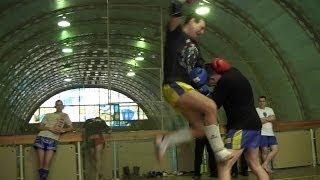 Тайский бокс. Тренировка в клубе муай тай