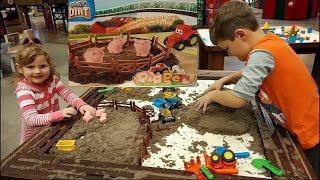 КИНЕТИЧЕСКИЙ ПЕСОК. Строим ферму и вулкан. Kinetic sand.