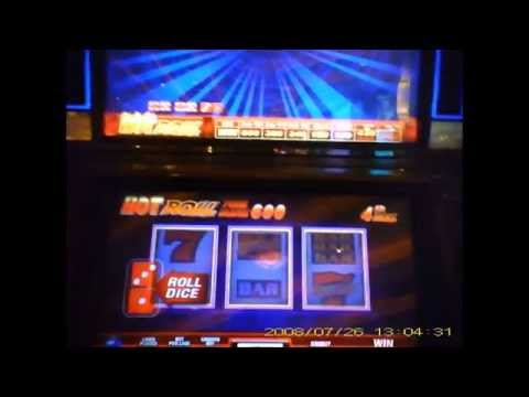 Hot Roll Dice Slot Machine