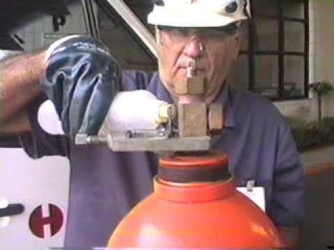 Kit de emerg ncia tipo a para cilindros de cloro com 50 for Cilindro de gas 15 kilos