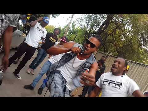 BBC 1xtra live in tower hill kingston,jamaica.SEANI B!!Quickcook @frenz for real feb 6 2018