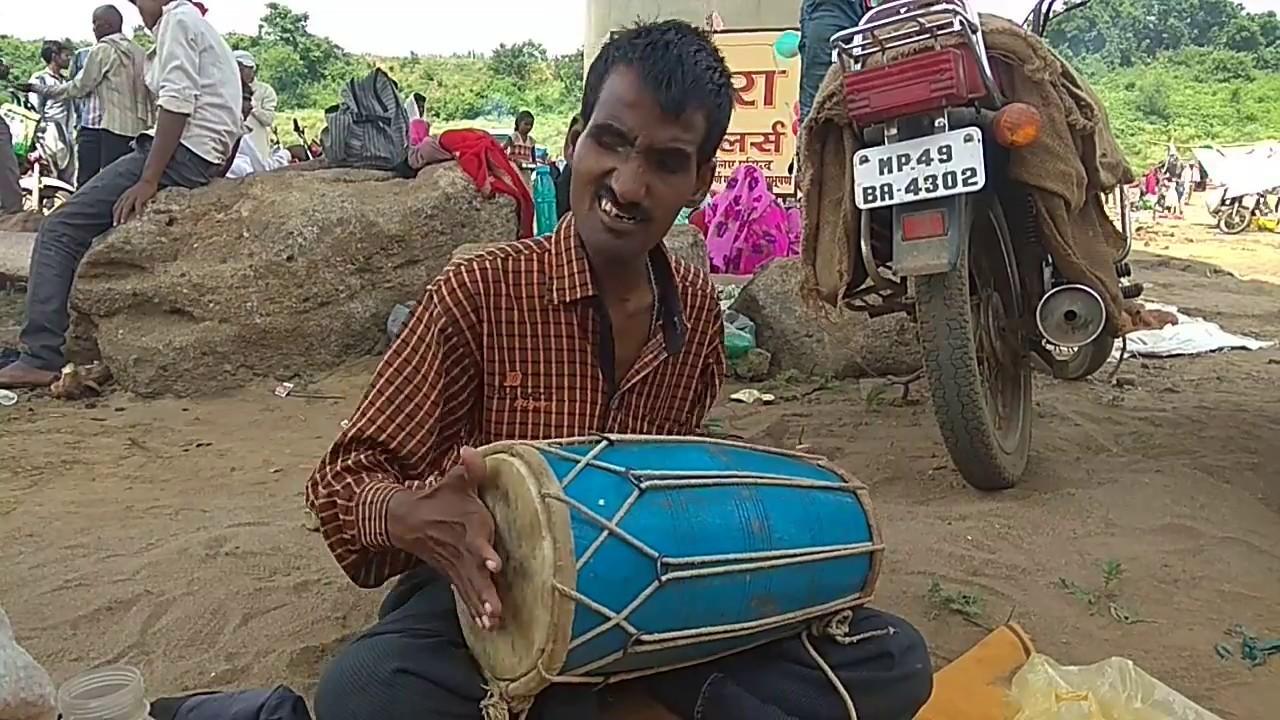 chalo bulava aaya hai mata ne bulaya hai - Bhajan Ganga