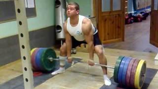 330kg x 8 deadlift Rauno Heinla strongman