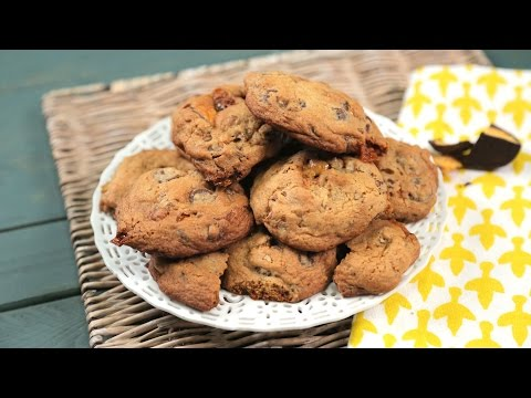 Chocolate Pecan Honeycomb Cookies | Southern Living