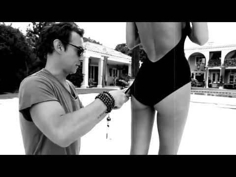 Брендовые купальники: фирмы, платья известных брендов