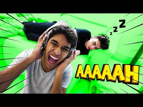 TROLLAGEM ACORDEI O MEU AMIGO COM LUAN GAMEPLAY ‹ AUTHENTIC ›