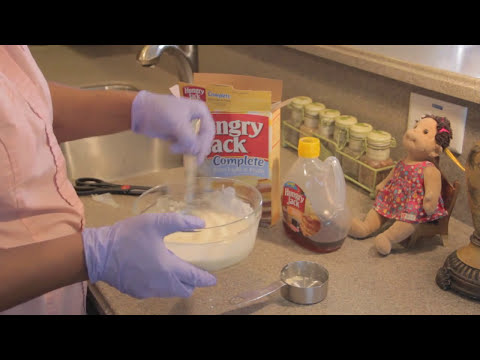 """How to Make """"Hungry Jack Fluffy Pancakes"""" Exactly Like the Box"""