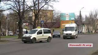 """Видео """"Новости-N"""":  В Николаеве ремонтируют дорогу на мосту, везде пробки"""