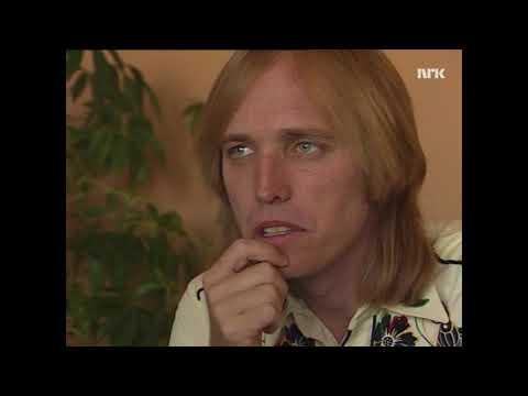 Tom Petty on working with Jeff Lynne, Traveling Wilburys etc (Norwegian TV 1989)