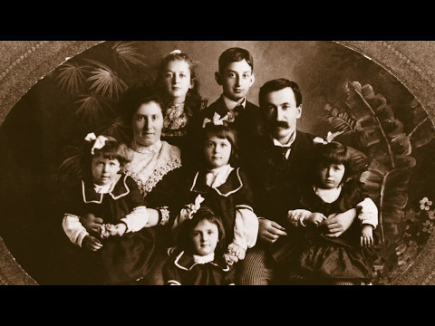Family Heirloom Arts - Discover Your Family Story