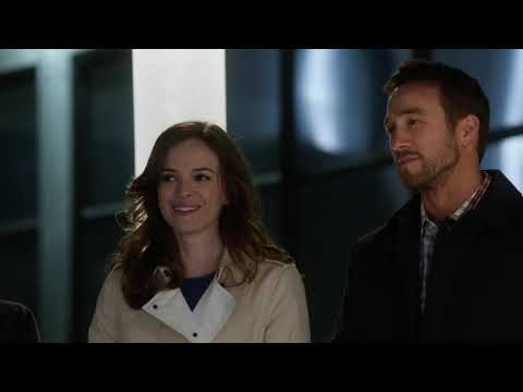 Caitlin And Barry See Each Other At STAR Labs.~Snowbarry