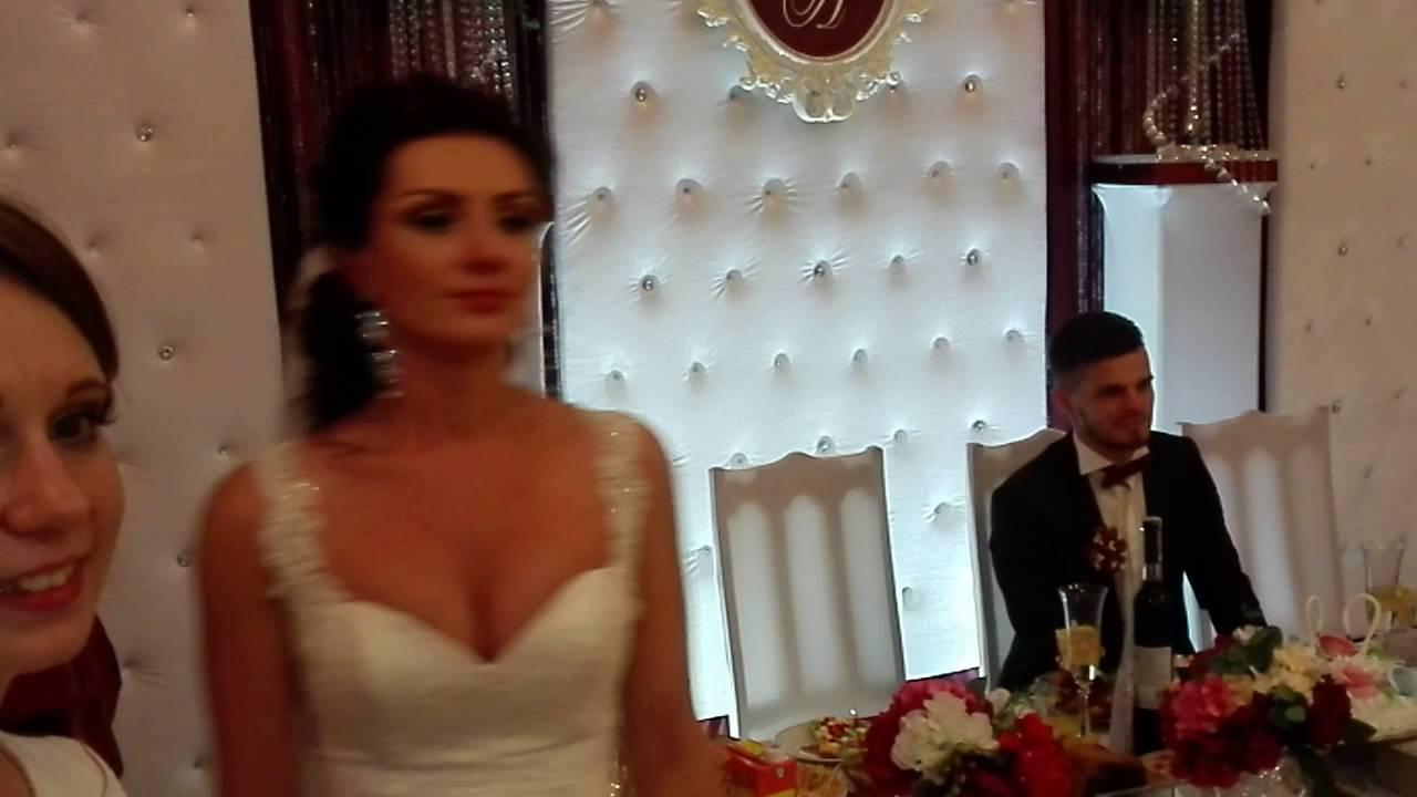 Песня свадьба когда вокруг все веселятся