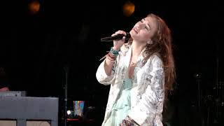 "Download Lauren Daigle - ""Remember"" - Live at Red Rocks 2019-09-29 Mp3 and Videos"