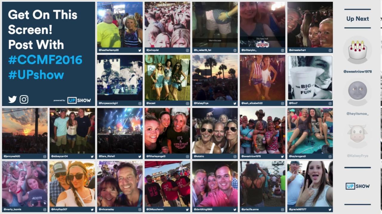 ca767d6f2585d Wedding Social Media Wall Chicago   Event Social Media Walls Chicago ...