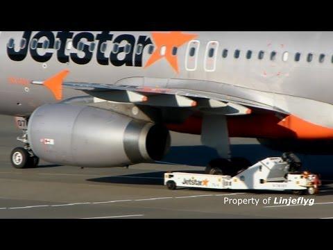 Jetstar Japan & cool remote control tugs@Narita