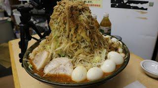 【大食い】ラーメン二郎 新小金井街道店 ラーメン赤【デカ盛り】 thumbnail