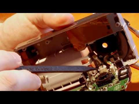 How to Take Apart a Flip HD Camera