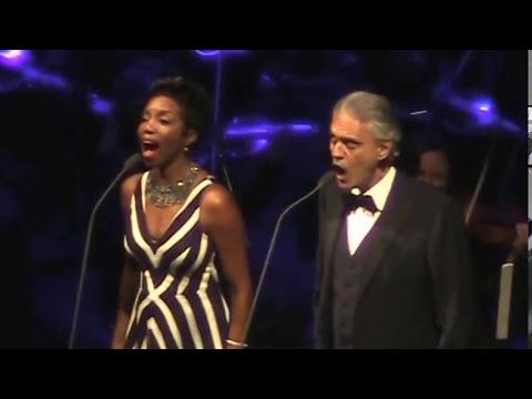 Andrea Bocelli & Heather Headley-canto della terra/ chicago/12/6/2017