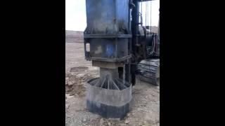 Уплотнение грунта тяжелыми трамбовками(, 2016-07-12T11:19:09.000Z)