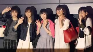 Juice=Juice宮崎由加、金澤朋子、高木紗友希、宮本佳林、植村あかり從桃...