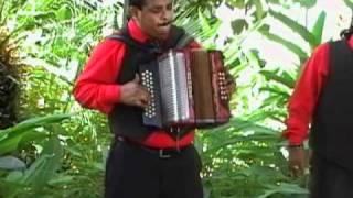 SERGIO SABINO Y SUS TECLAS SHOW.MI NOVIA Y MI PUEBLO.