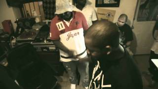 "Freddie Gibbs & Statik Selektah - ""Keep it Warm For Ya"" Feat Smoke Dza & Chace Infinite"